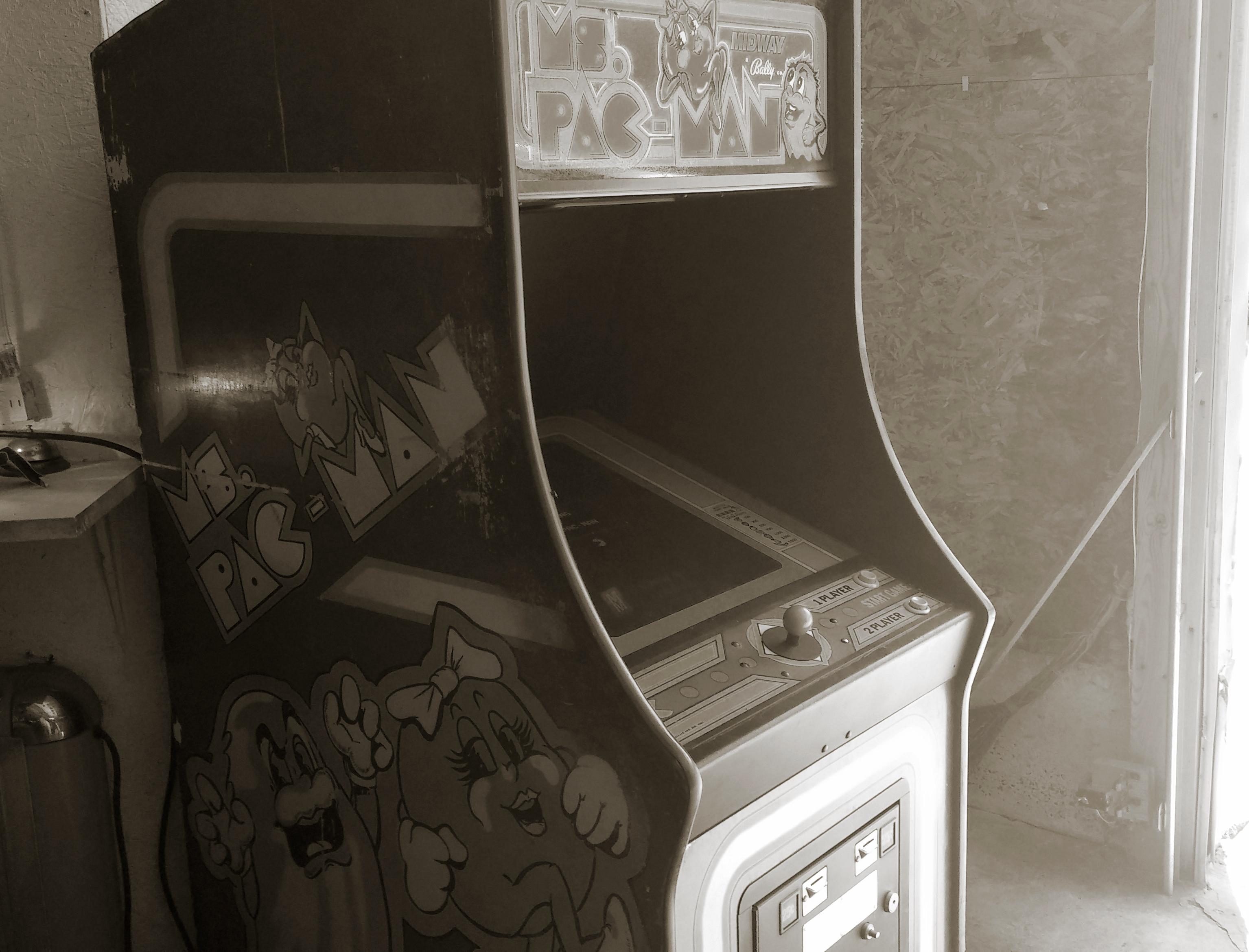 A Pacman machine